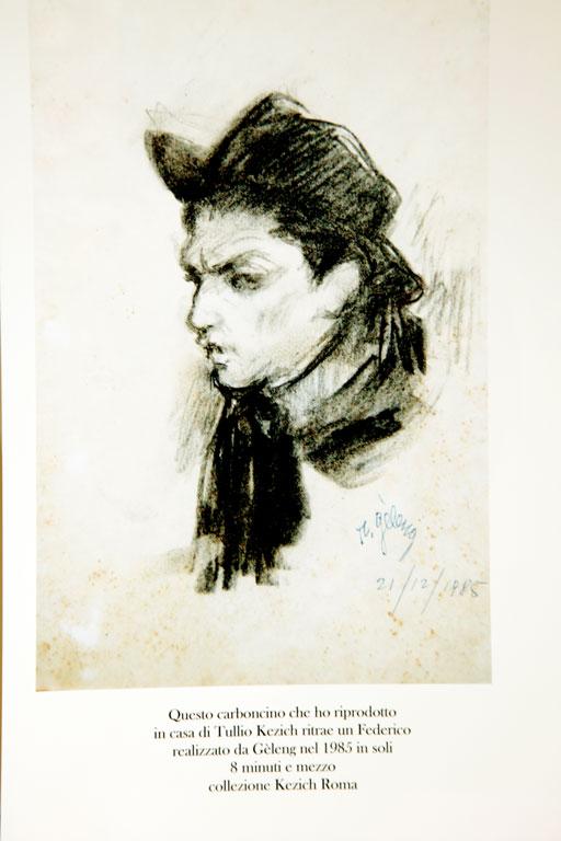Ritratto  di Fellini proprietà Tullio Kezic  (carboncino eseguito in pochi minuti )