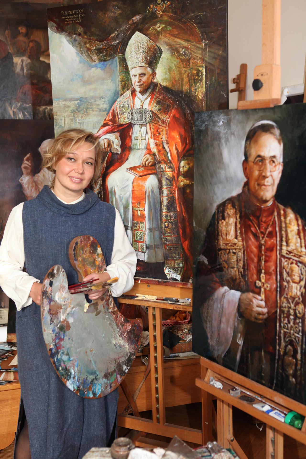 con Desirèe Di Caro e in fondo il ritratto di Papa Francesco