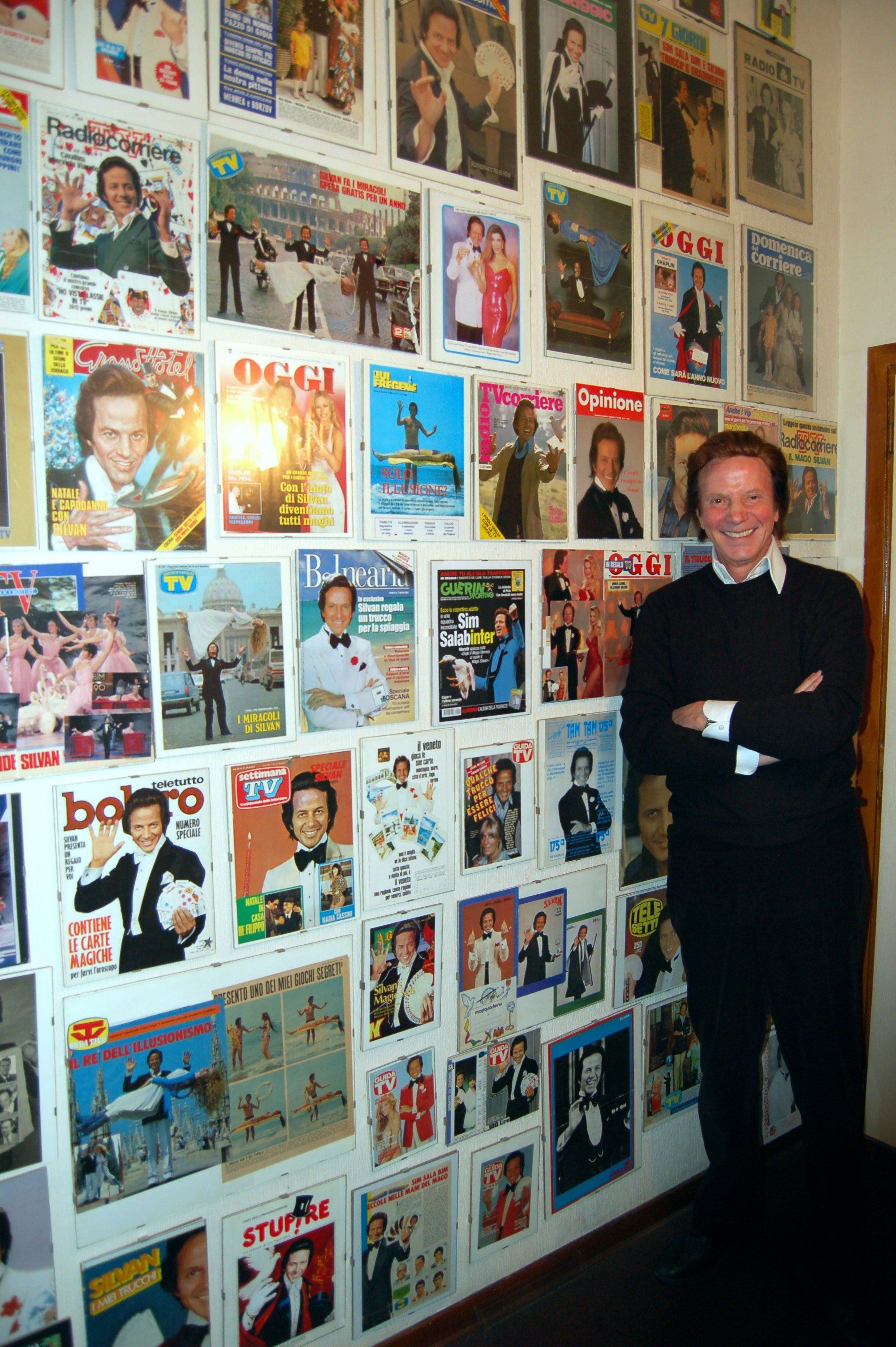 Silvan nell'angolo delle copertine a Lui dedicate  dai giornali più prestigiosi